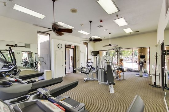 Emerald Desert RV Resort: Fitness Center