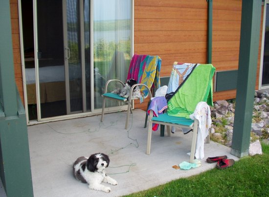 Holiday Inn Express Munising -  Lakeview: Back porch in pet friendly ground room