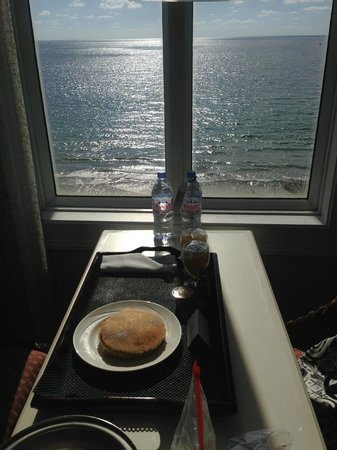 Pelican Grand Beach Resort, A Noble House Resort: Room service with a view!