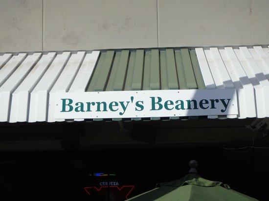 Barney's Beanery : outside