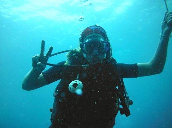 Haad Yao Divers : Diving at Sail Rock !!