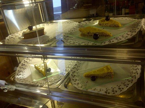 Dyranut Fjellstove Restaurant: tortas