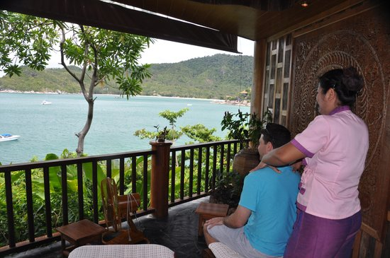 Santhiya Koh Phangan Resort & Spa: complimentary massage