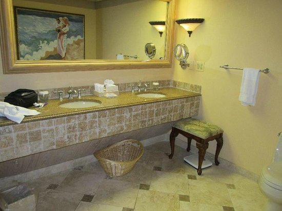 The Lodge and Club at Ponte Vedra Beach: bathroom