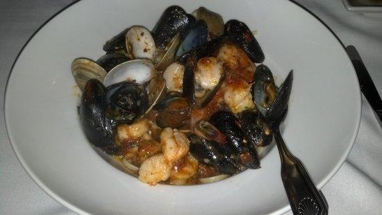 Tisha's: Seafood Pescatore