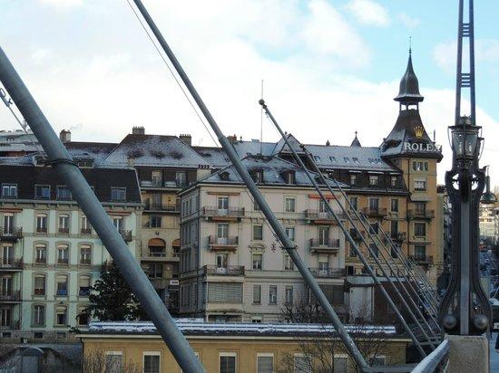 ibis Lausanne Centre: Pont Chaudron - acesso ao hotel