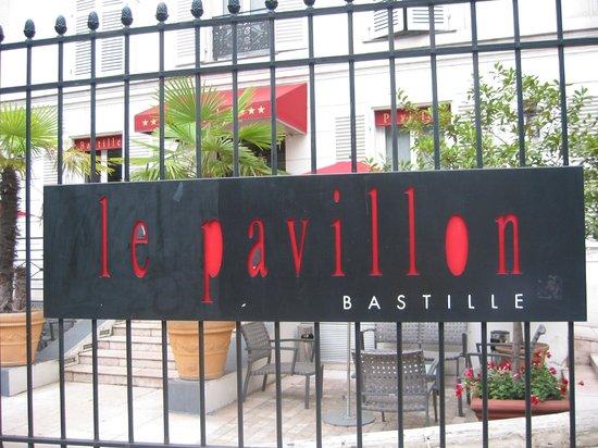 Hotel Pavillon Bastille: la grille