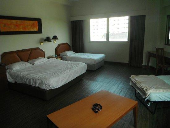 Hotel 81-Tristar: Family Room