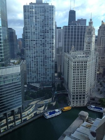 Wyndham Grand Chicago Riverfront: View From 38th Floor - Temporary Fitness Room