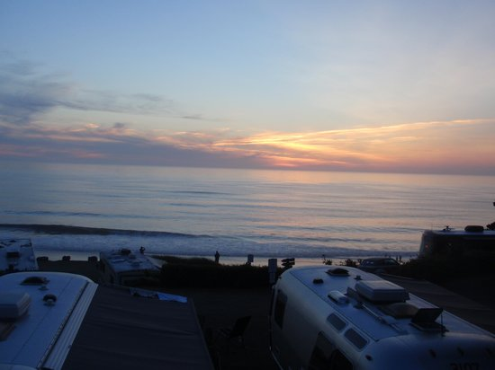 Sea and Sand RV Park: Sunset view from site 90