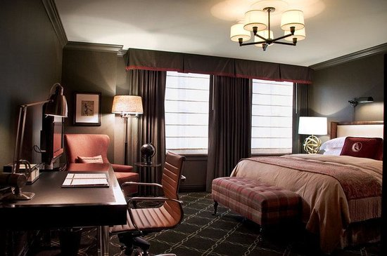 The Los Angeles Athletic Club Hotel: King Size Guest Room