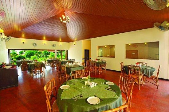 Leisure Vacations Goldfield Lake Resort: Restaurant