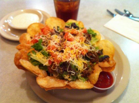 Sunshine Cafe: Sunshine Taco Salad