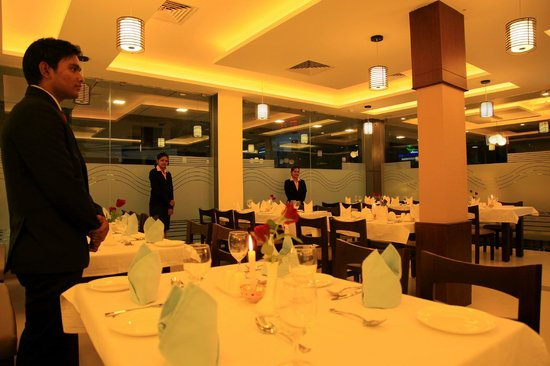 Master Comfort Inn: Restaurant