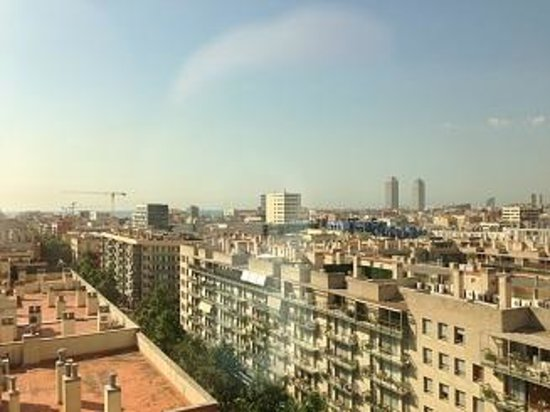 Four Points by Sheraton Barcelona Diagonal: 海が近いよ、歩けば15分