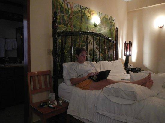 Black Orchid Resort: room