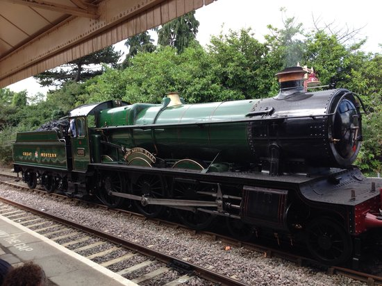 The Shakespeare Express: The locomotive at Stratford-Upon-Avon Station
