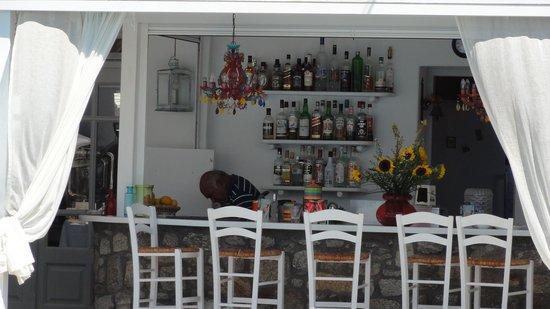 A Hotel  Mykonos: hotel bar