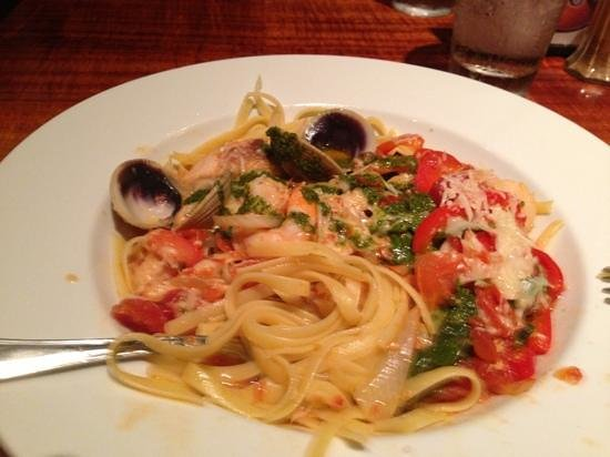 Keei Cafe : sea food pasta.