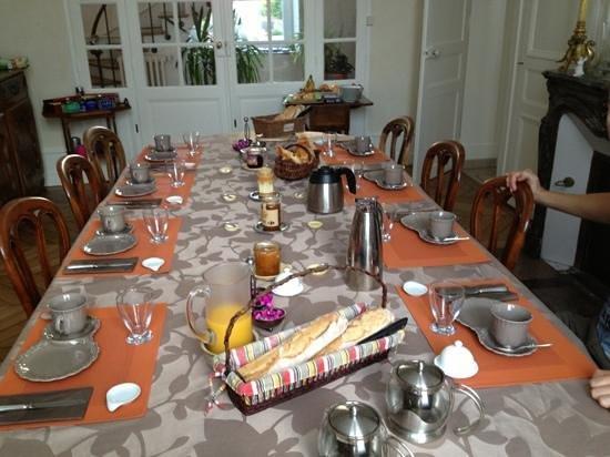 Le Clos d'Hauteville: Petit déjeuner