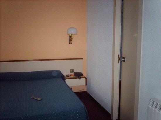 Hotel Andorra Palace : La habitación.