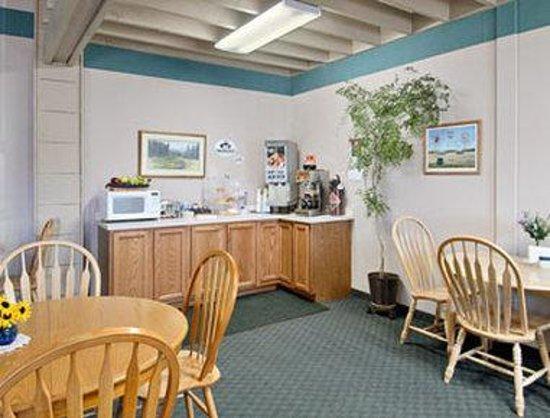 Cut Bank, MT: Breakfast Area