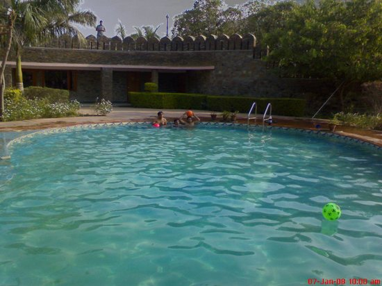 Jain bandhu sneh resorts bewertungen fotos for Swimming pool preisvergleich