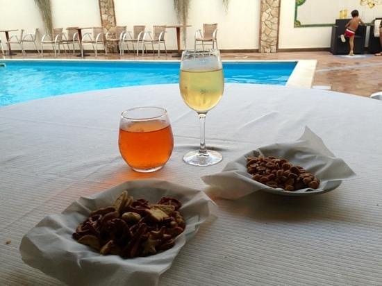 Belsito Hotel Nola: aperitivo a bordo piscina