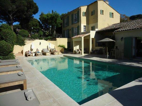 La Bastide d'Antoine : Poolbereich