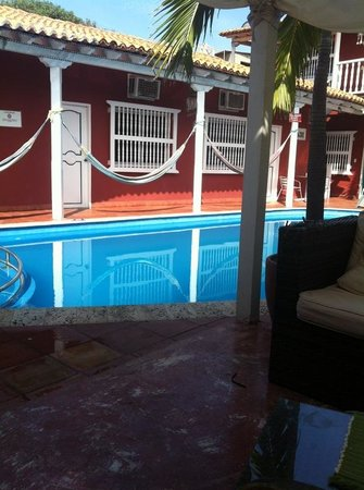 Casa Relax Bed & Breakfast : Pool and hammocks