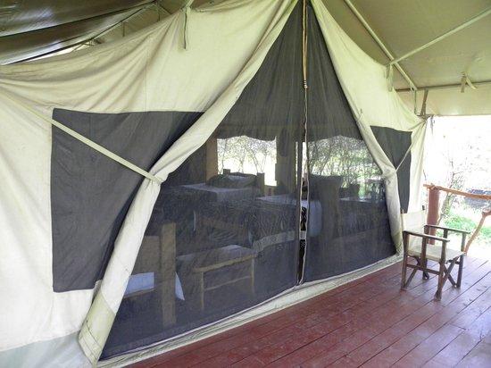 Olumara Camp: Tente Bufalo terrasse