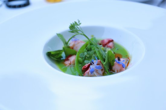 Le Vivier: Beautifully prepared lobster with fresh vegetables