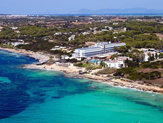 Insotel hotel formentera playa migjorn resort reviews for Hotel formentera playa