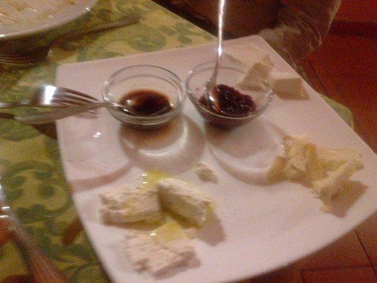 Agriturismo i Vegher: formaggi  di capra
