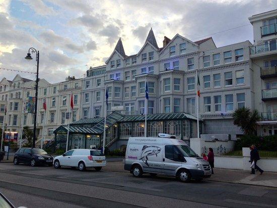 Empress Hotel : THe Hotel