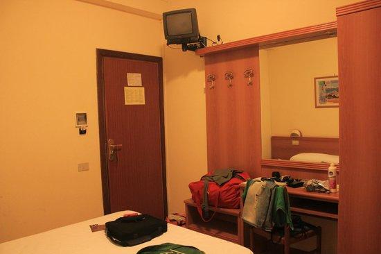 Regent Hotel Pescara : STANZA