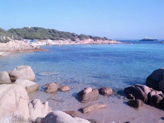 Residenza Capriccioli : Una delle spiaggie di Capriccioli