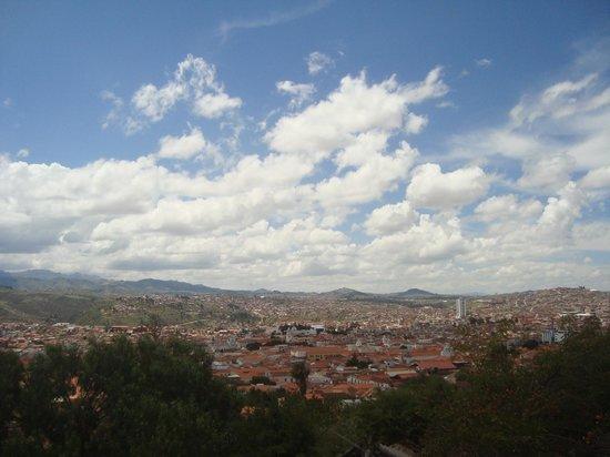 Oratorio de San Felipe de Neri : Vista panorâmica da cidade de Sucre a partir do mirante