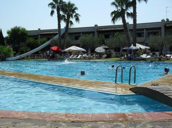UNA Hotel Regina: piscine