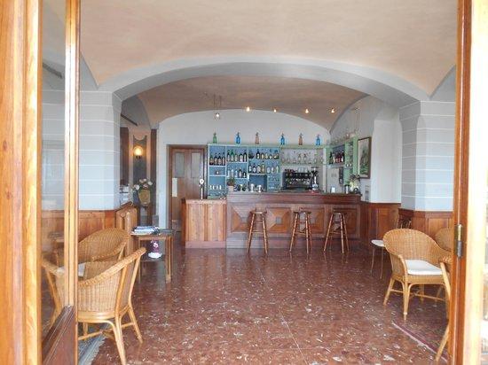 Hotel Beau Rivage : The bar area