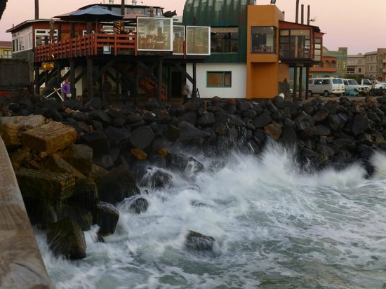 Swakopmund Guesthouse: The Tug restaurant by the pier (good for dinner)