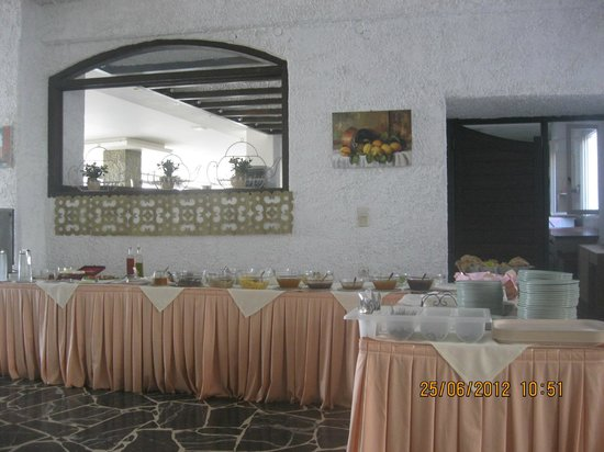 Maragakis Hotel: Европейский завтрак
