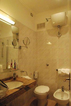FH Grand Hotel Palatino: bagno