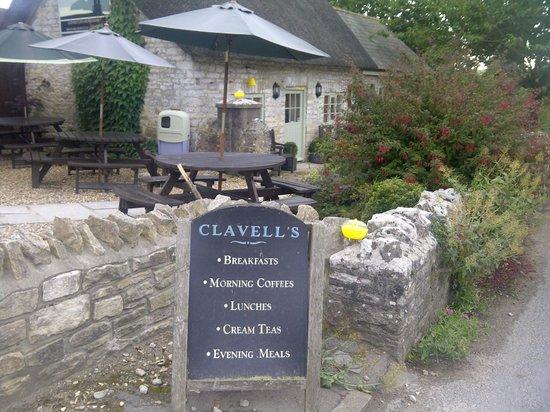 Clavell's Restaurant: Exterior 1