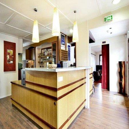 Kyriad Angers Sud - Les Ponts De Ce: Reception