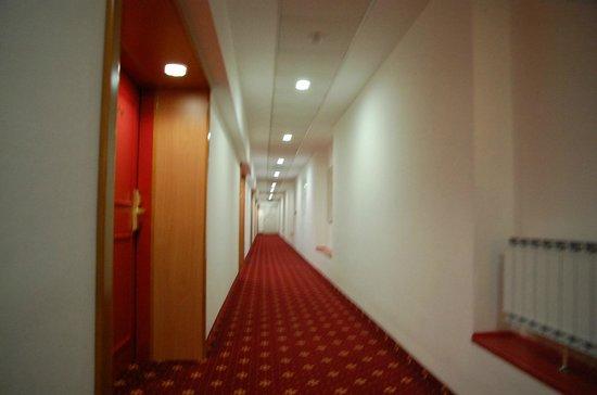 Grand Hotel Bernardin: Hall