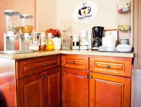 Americas Best Value Inn - Atascadero / Paso Robles: Breakfast Area