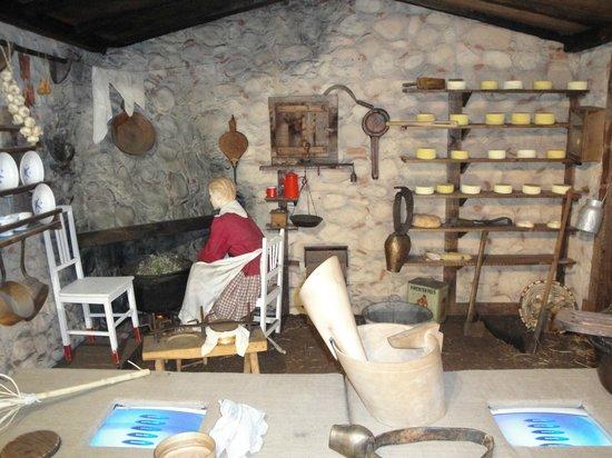 Centro de Interpretacion y Degustacion del Queso Idiazabal: Antigua chabola de pastor