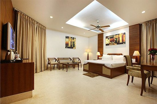 Hotel Clark Greens - Airport Hotel & Spa Resort: Premium Room