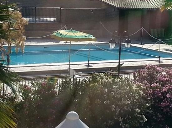 Agriturismo Raggioverde: bella la piscina!